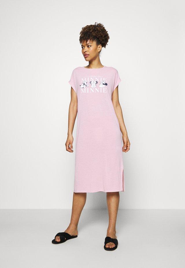 CLASSIC - Noční košile - tender pink