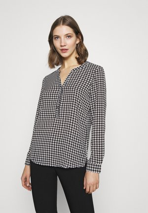 JDYTRACK PLACKET - Blouse - cloud dancer/black
