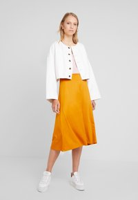 Anna Field - A-line skirt - inca gold - 1