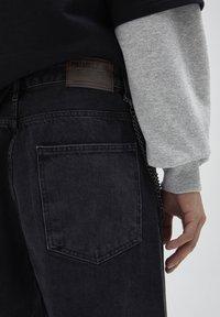 PULL&BEAR - Jeans a sigaretta - mottled dark grey - 4