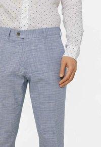 WE Fashion - MIT HAHNENTRITTM - Pantalon - blue - 4