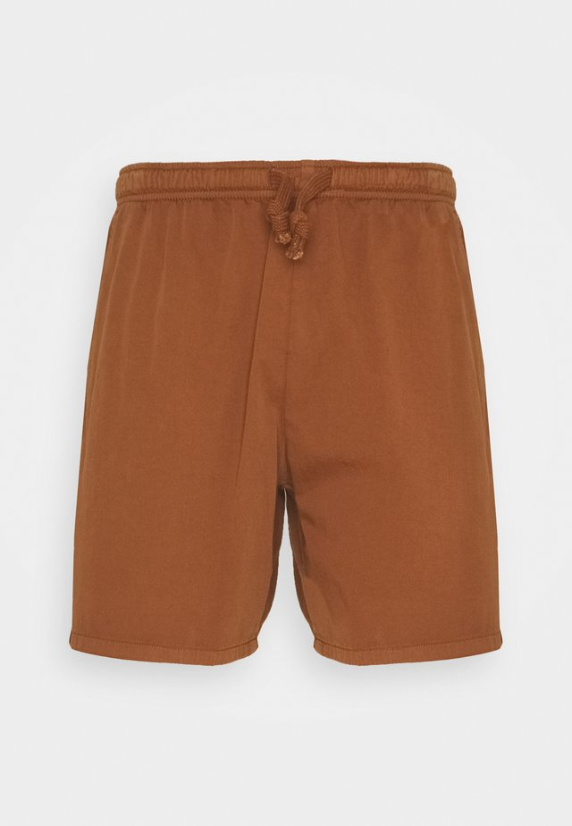 BERMUDA BEACH TEJA - Denim shorts - brown