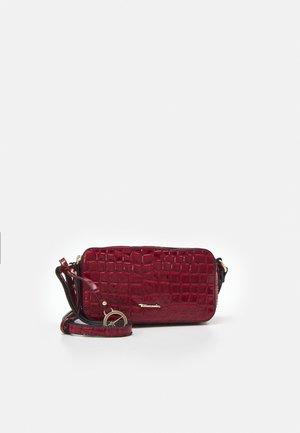 DIANA - Across body bag - red