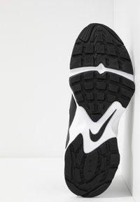 Nike Sportswear - AIR HEIGHTS - Sneakers - black/white - 4