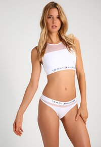 Tommy Hilfiger - SHEER FLEX THONG - Thong - white - 1