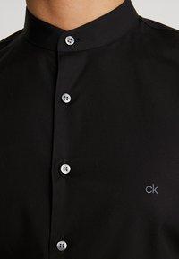 Calvin Klein Tailored - EASY IRON SLIM - Košile - black - 4