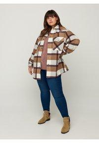 Zizzi - Light jacket - brown - 0