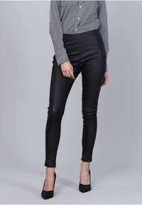 Basics and More - Leather trousers - black - 4