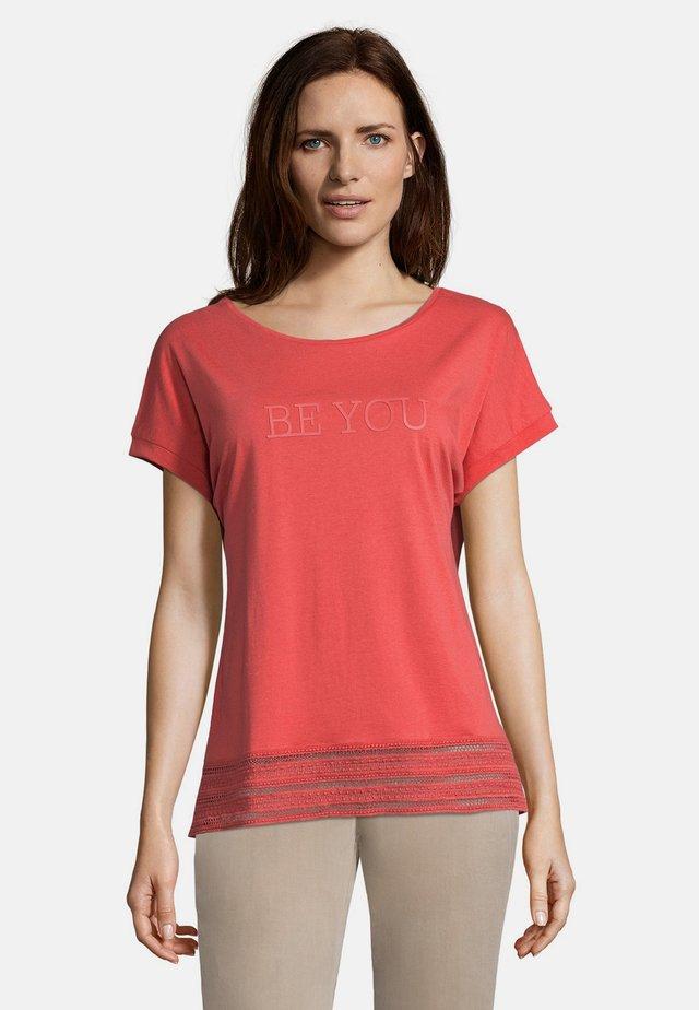 Print T-shirt - cranberry