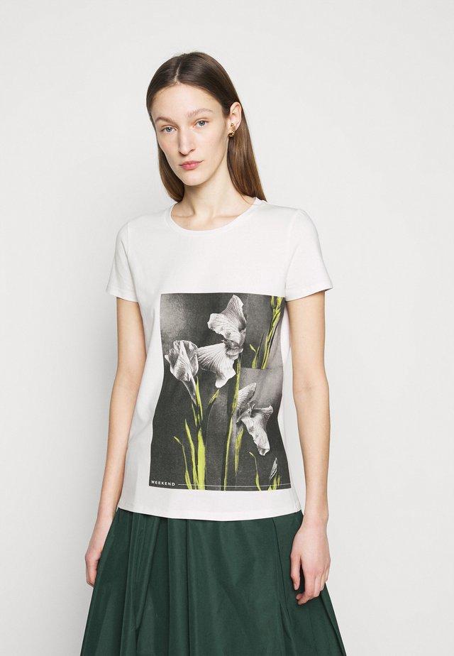 BENNY - Print T-shirt - weiss