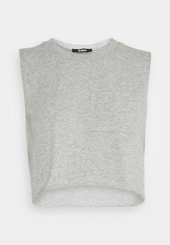 Top - mottled light grey
