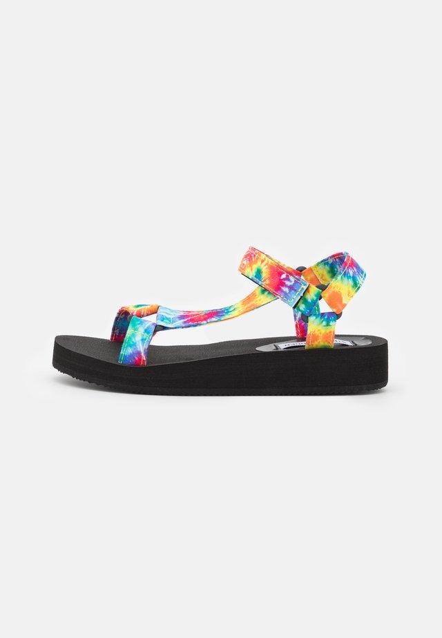 HENLEY - Sandály na platformě - multicolor