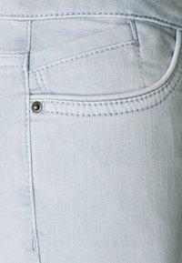 edc by Esprit - CAPRI - Denim shorts - light blue lavender - 2