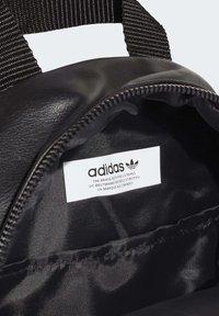 adidas Originals - MINI BACKPACK - Tagesrucksack - black - 4