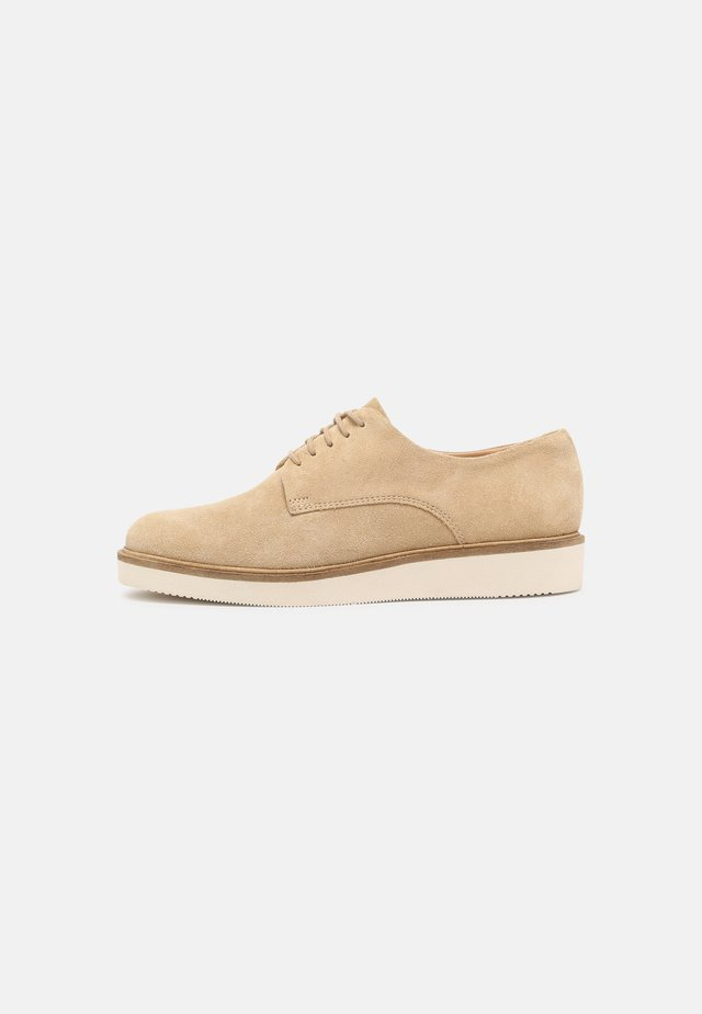 BAILLE STITCH - Derbies - taupe