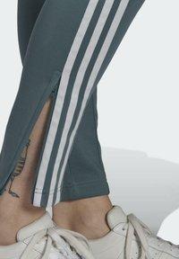 adidas Originals - PANTS - Tracksuit bottoms - hazy emerald - 4