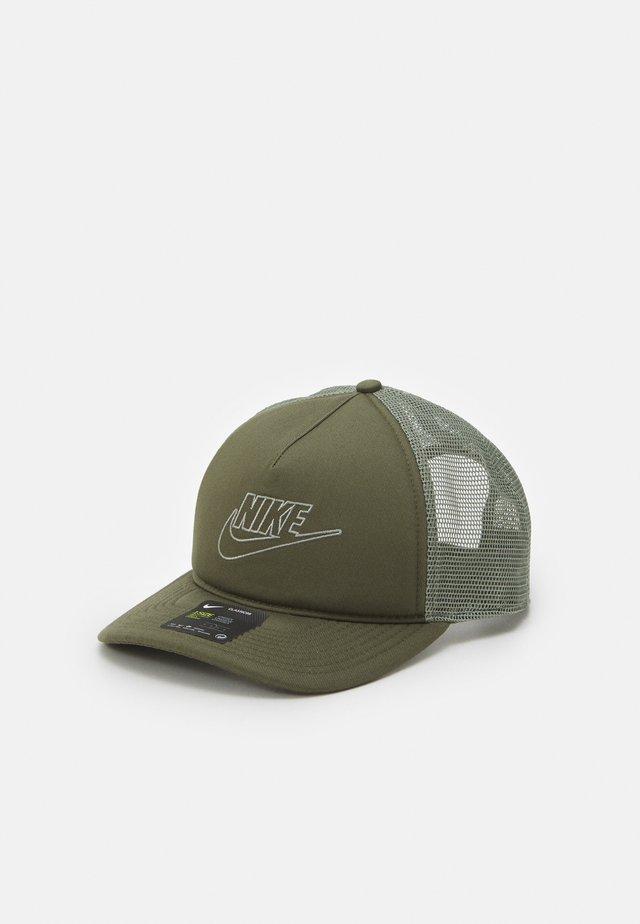 FUTURA UNISEX - Pet - medium olive/light army
