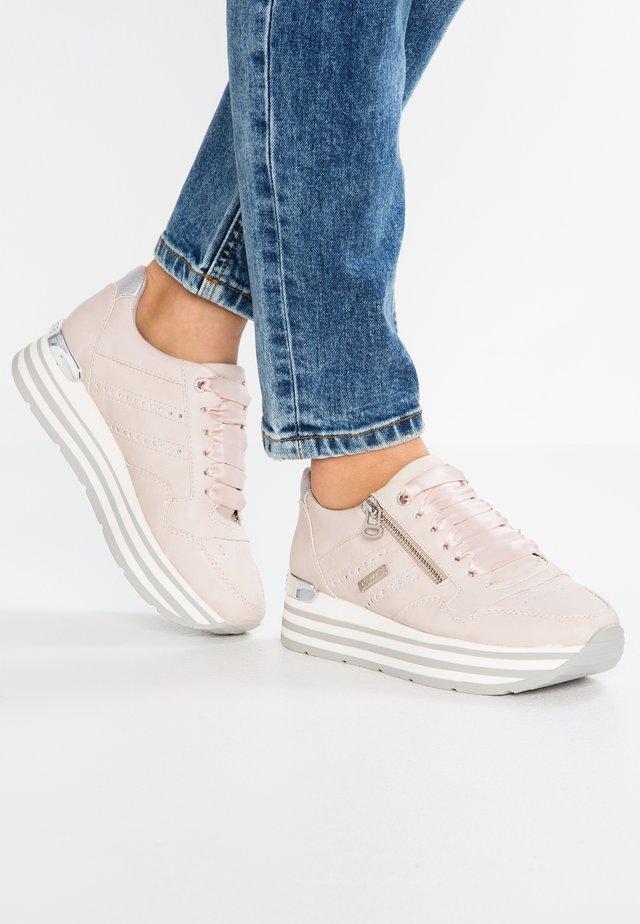 Zapatillas - rosa