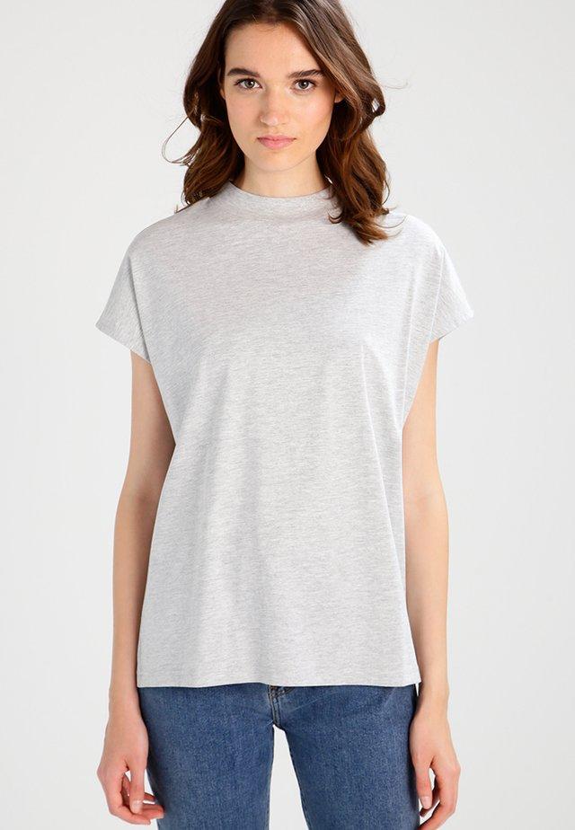 PRIME - Basic T-shirt - grey melange