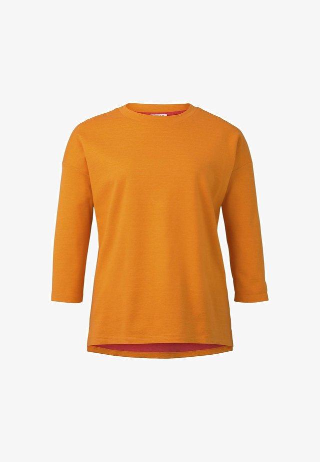 Sweater - bright mandarin