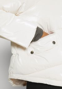 Molly Bracken - YOUNG LADIES WOVEN PADDED JACKET - Winter jacket - offwhite - 5