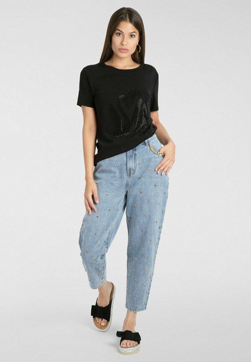 Apart - T-shirt imprimé - schwarz