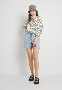 Monki - Jeans Short / cowboy shorts - blue dusty light/light blue - 1