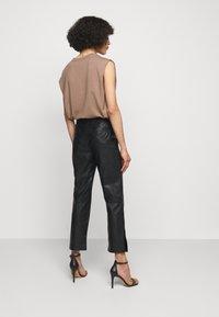 Pinko - TORRONE PANTALONE  - Trousers - black - 2
