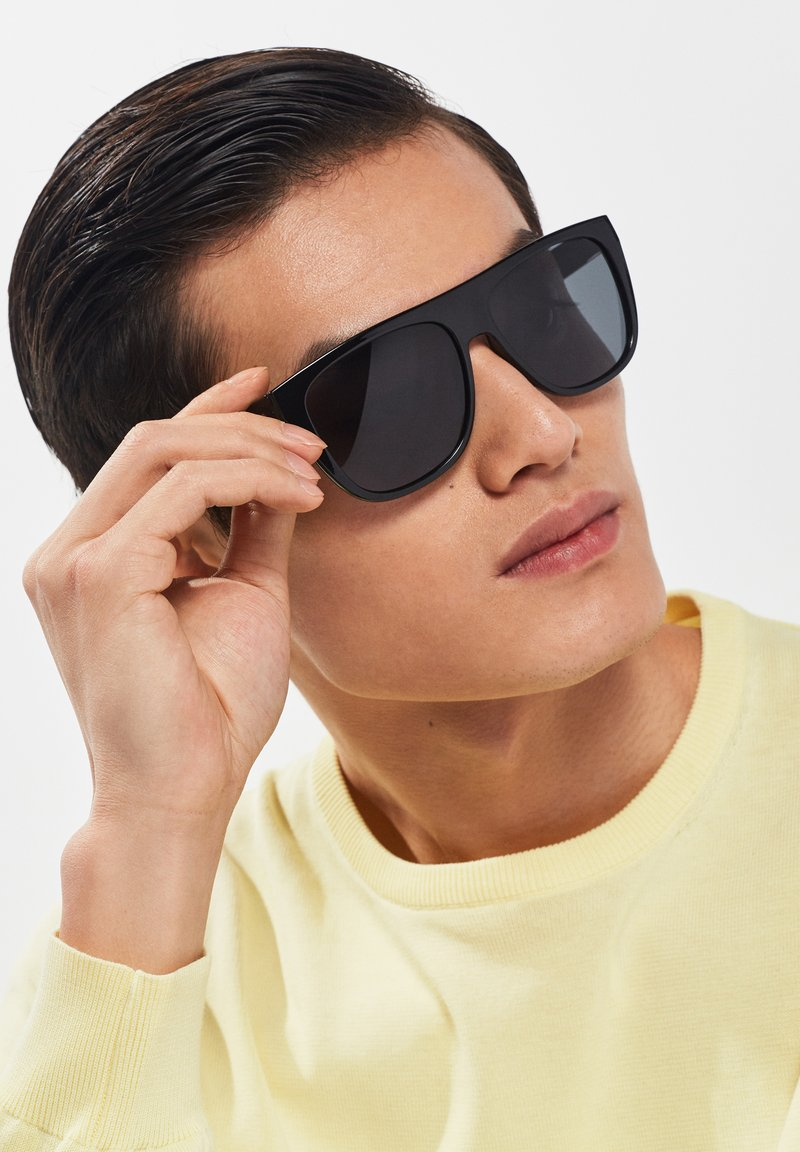 Hawkers - RUNWAY - Sunglasses - black