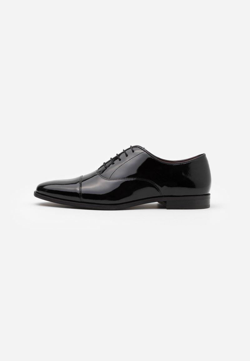 Walk London - ALFIE OXFORD TOE CAP - Smart lace-ups - black