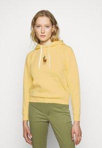Polo Ralph Lauren - SEASONAL - Hoodie - banana peel - 0