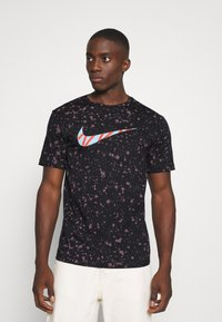 Nike Sportswear - TEE SUMMER  - Print T-shirt - black - 0