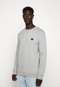 Les Deux - PIECE - Sweatshirt - light grey melange - 3