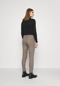 DRYKORN - BREW - Trousers - braun - 2