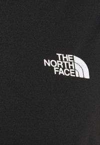 The North Face - REAXION BOX TEE - T-shirt z nadrukiem - black - 3