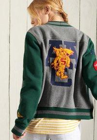 Superdry - Zip-up sweatshirt - enamel green - 1