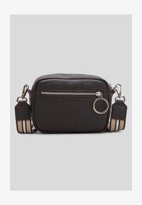 s.Oliver - Across body bag - black - 0