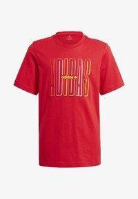 adidas Originals - GRAPHIC LOGO PRINT T-SHIRT - Print T-shirt - red - 0