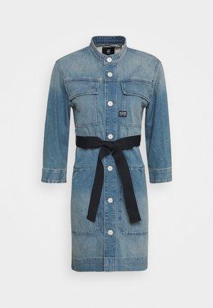 SHIRT DRESS - Vestido vaquero - vintage marine blue