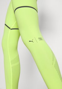 Puma - FIRST MILE EXTREME EXO-ADAPT LONG TIGHT - Medias - fizzy yellow - 3