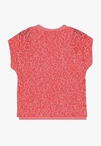 Esprit - T-shirt print - neon coral - 1