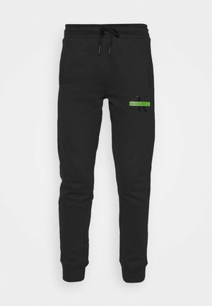 LOGO BADGE JOGGER - Pantalon de survêtement - black