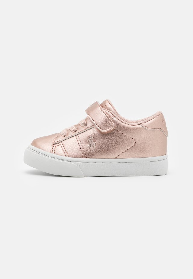 THERON III  - Zapatillas - rose metalic/rose