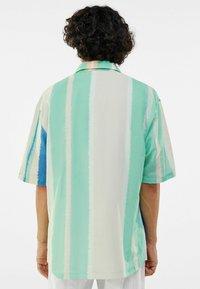 Bershka - Shirt - green - 2