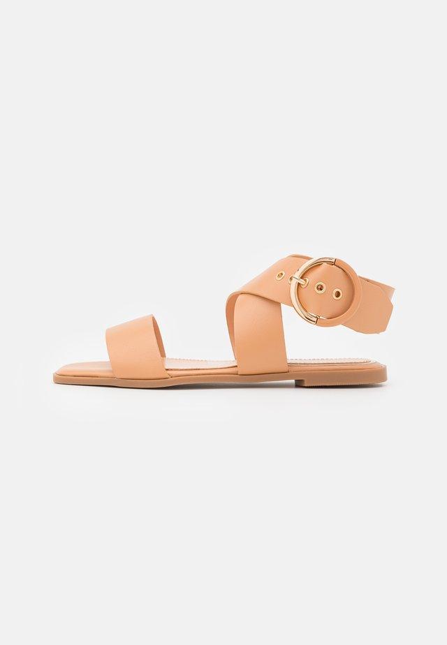 Sandály - soft nude