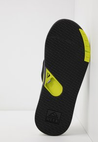 Reef - FANNING LOW - T-bar sandals - grey/lime - 4