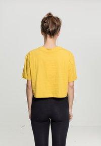 Urban Classics - Basic T-shirt - honey - 0