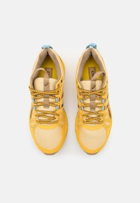 ASICS SportStyle - HN1-S GEL-VENTURE™ 7 - Trainers - yellow/ox brown - 6