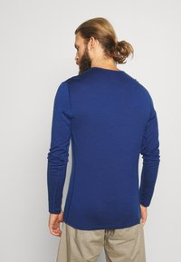 Icebreaker - MENS CREWE - Sports shirt - estate blue - 2