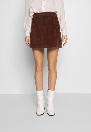 ELASTIC WAIST MINI SKIRT - Mini skirts  - cinnabar